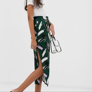 Asos pencil skirt size 6 with retro pattern